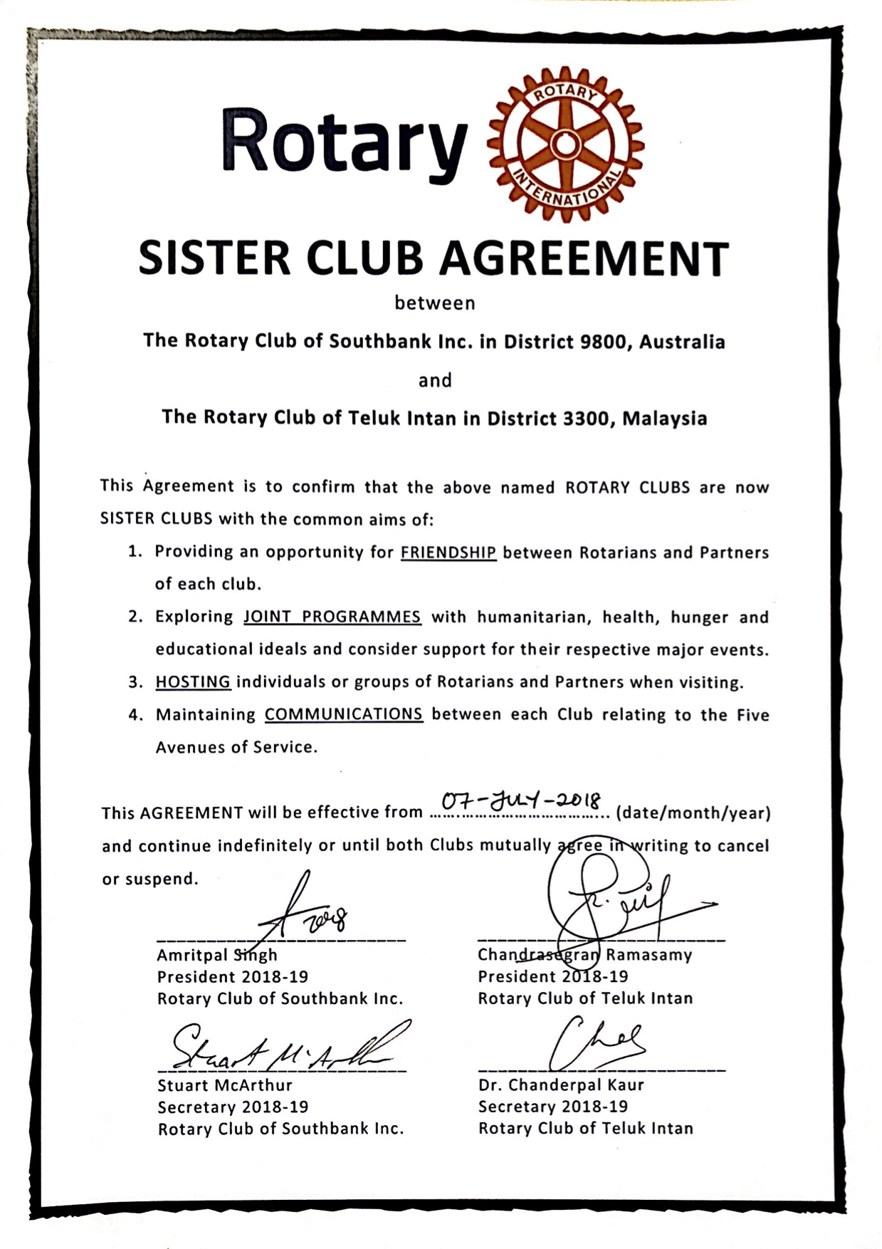 SIGNED_Sister_Club_Agreement_SouthbankTelukIntan.jpg